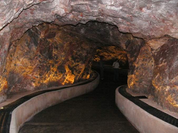 kartchner_tunnel